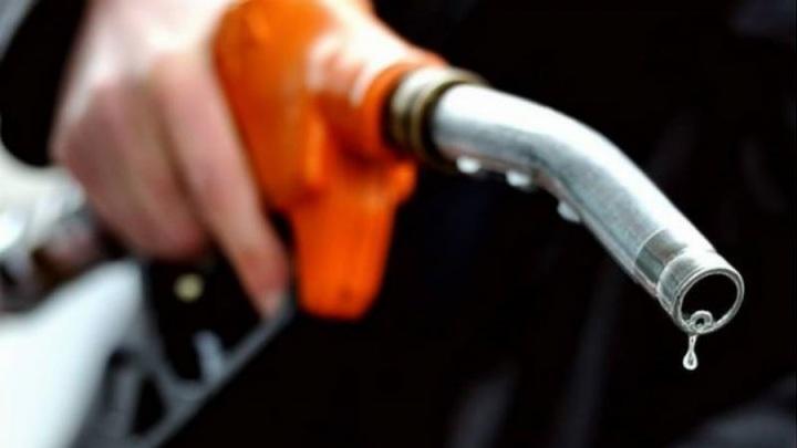 Массовый недолив: Сколько реально стоит бензин на российских АЗС