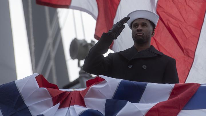 США снаряжают корабль в Черное море, пока Украина готовит наступление в Донбассе