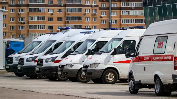 В Кузбассе снова выявили более 100 заболевших коронавирусом, пятеро умерли за сутки