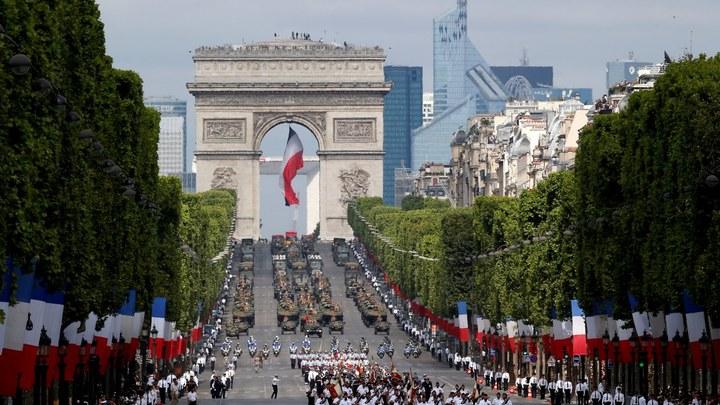 14 июля - Франция без свободы, равенства и братства