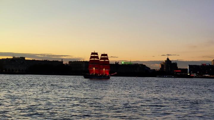 Стало известно, кто станет хедлайнером на «Алых парусах» 2021 в Санкт-Петербурге
