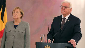 Штайнмайер уволил Меркель и поехал в Москву
