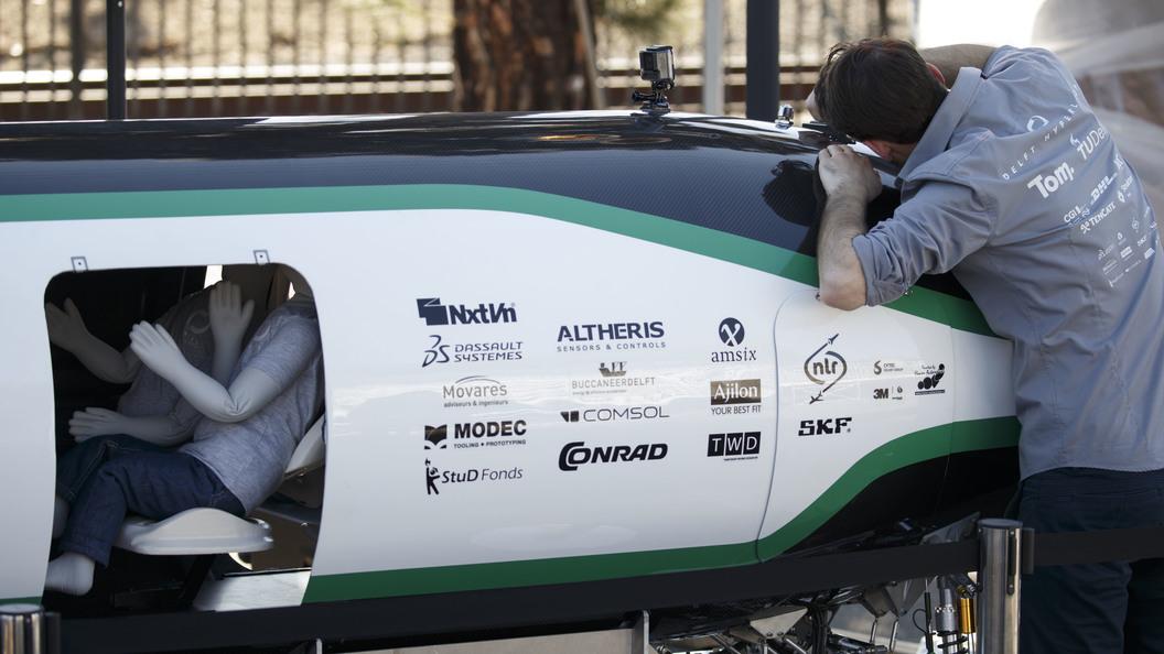 Появилось видео с тестов вакуумного поезда-капсулы Hyperloop