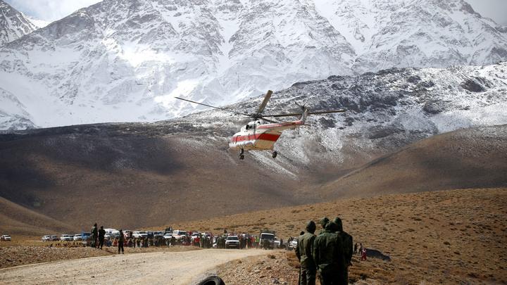 Катастрофа самолета в Иране: Спасатели по-прежнему не могут найти тела свыше 20 пассажиров