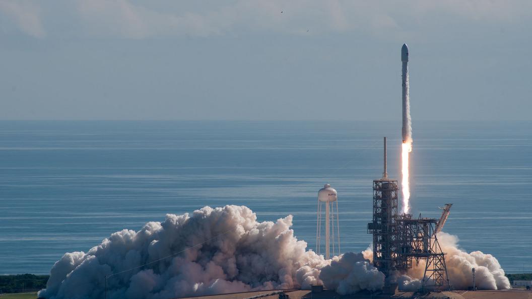 Ракета Vega смарокканским спутником наборту стартовала скосмодрома Куру