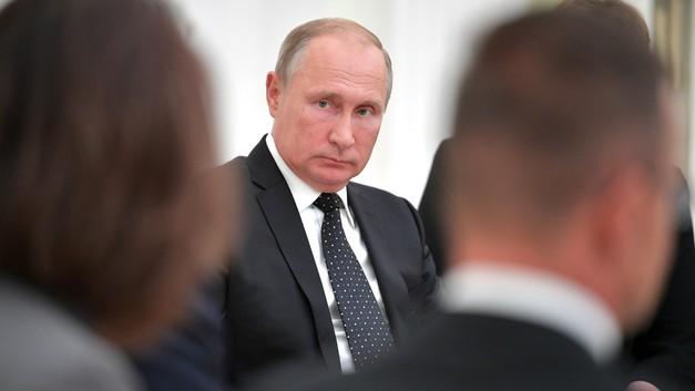«Поразил три из пяти»: Путин пристрелял снайперскую винтовку