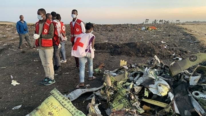 Это было очень жестоко с вашей стороны: Жест телеведущего после крушения Boeing 737 MAX 8 возмутил Сеть