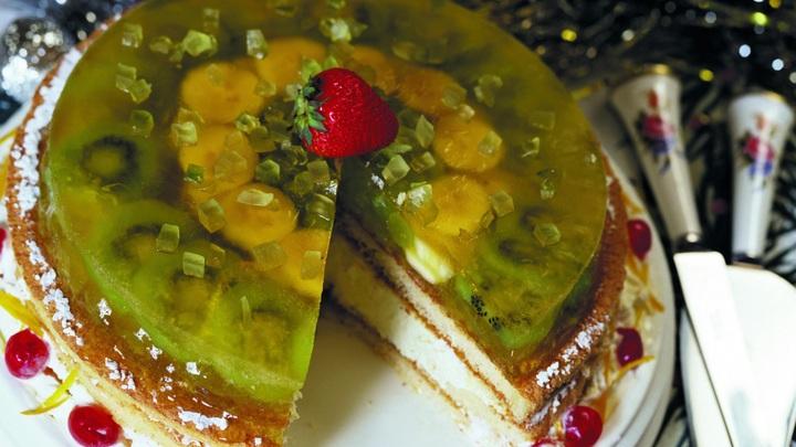 Два десятка школьников в Подмосковье отравились, попробовав принесённый на праздник торт