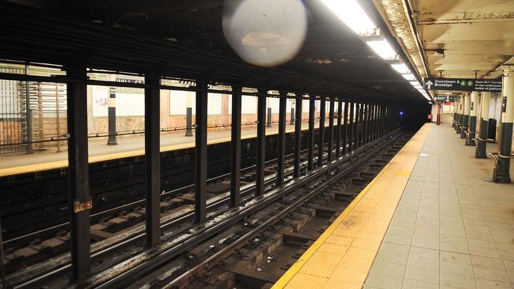 В метро Нью-Йорка засняли репетицию американо-китайской войны - видео