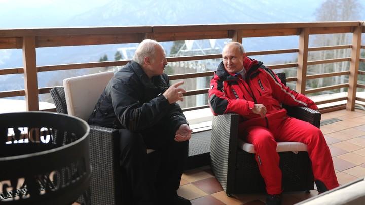 Коль, ну давай: Лукашенко-младший не решился бежать впереди Путина