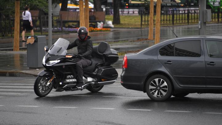 В Москве начали тестировать дорожные камеры с микрофонами – против шумных машин и мотоциклов