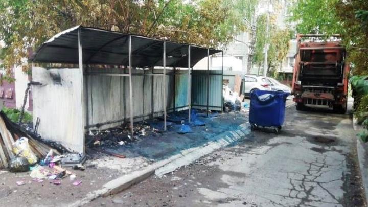 Пироманы сожгли почти 30 мусорных контейнеров во дворах в Нижнем Тагиле