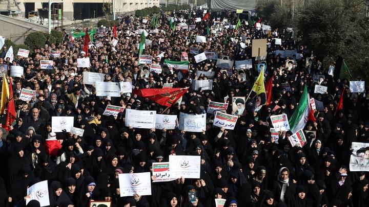Заказчики иранского майдана не хотят выходить из тени