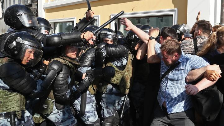 Западные СМИ надеются на всероссийский Майдан после разгона оппозиционных митингов в Москве