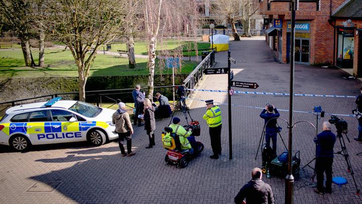 Британия ищет русский следв отравлении бывшего офицера ГРУ