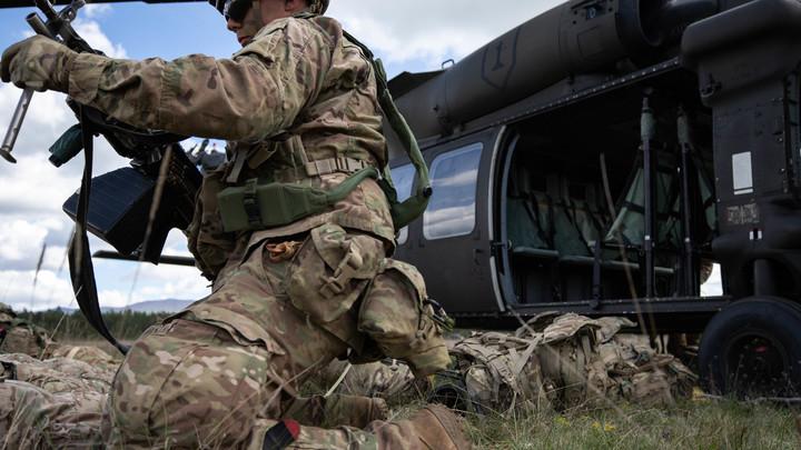 Отрабатывают высадку морского десанта: Минобороны России сообщило об активизации военных США в районе Чукотки