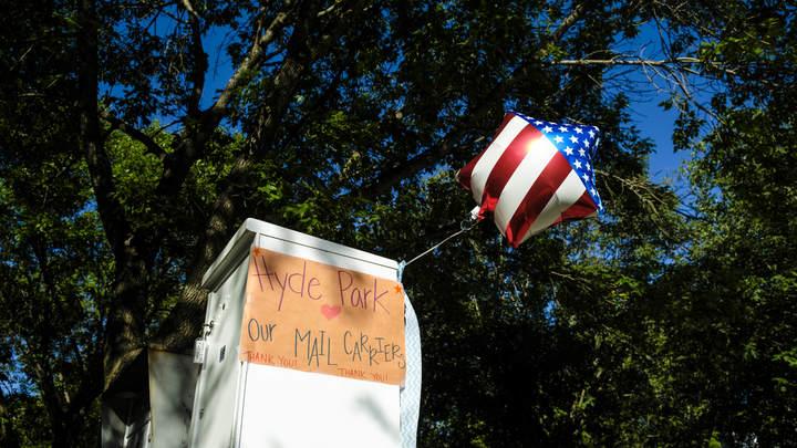 Главного подтасовщика президентских выборов назвали в США. Виноваты почтальоны