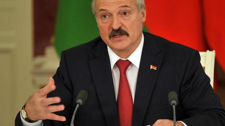 Дискотека продолжается: Лукашенко предупредил СМИ о химической информационной отраве
