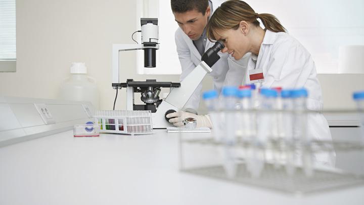 Ученые бьют тревогу из-за невосприимчивых к лекарствам бактерий в организме человека