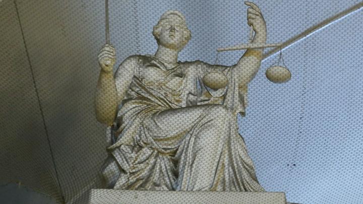 Суд Гааги пытается заставить Россию платить за преступлениеGreenpeace
