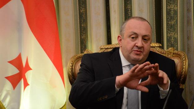 Президенту Грузии отказали в дебатах и указали на дверь