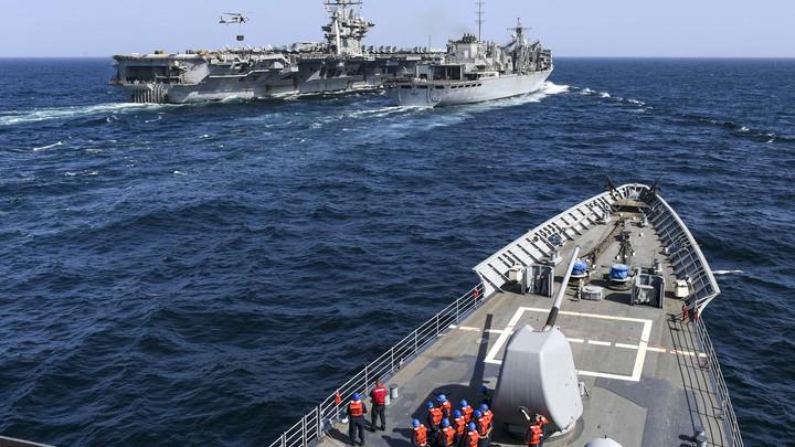 Американцы подбираются к границам России. Пентагон заходит с севера