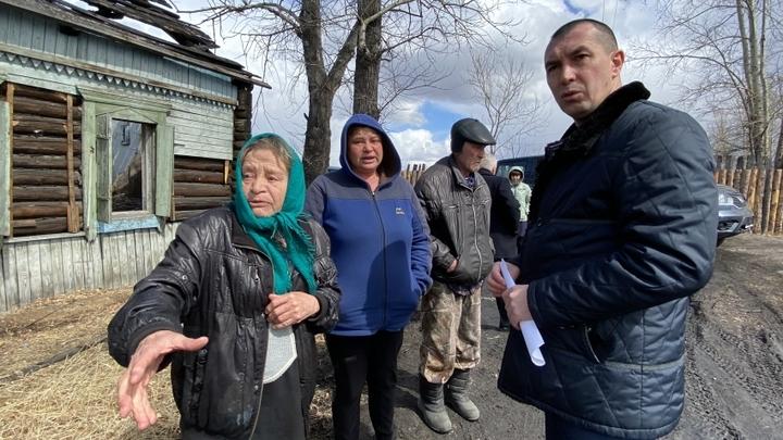 Андрей Кефер пенсионерке из Мозгона: К осени переселим!