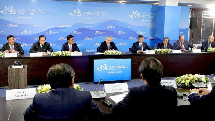 «А вот Лавров - против»: Путин рассказал о визовом споре с главой МИД