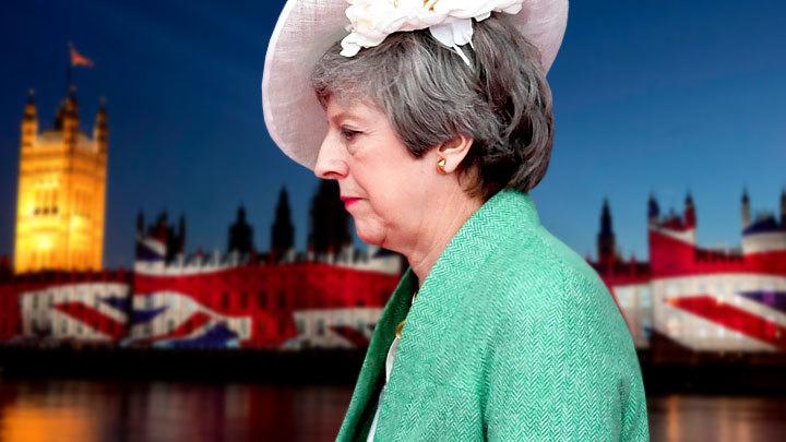 Мэй развалила Британию без помощи России