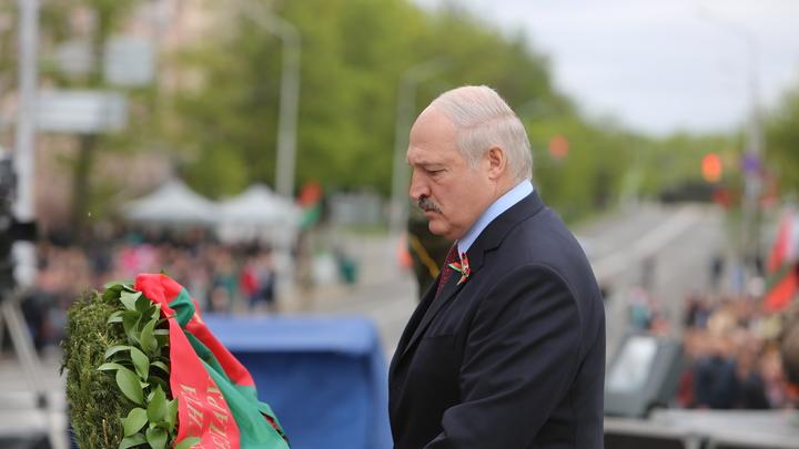 Лукашенко о предательстве сына: Это все вранье!