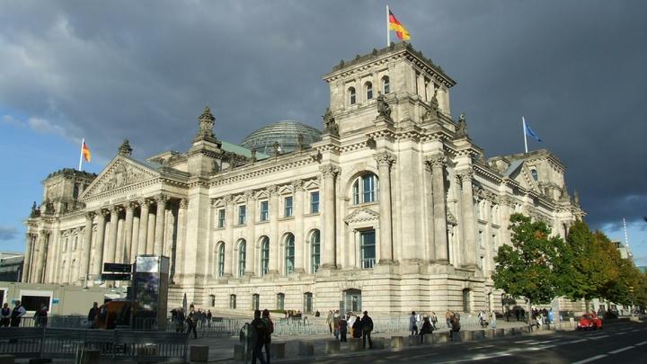 Германия бьет тревогу из-за новых антироссийских санкций США