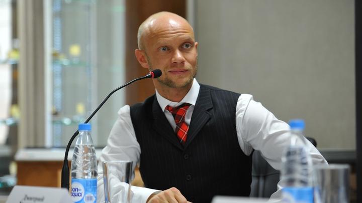 Дмитрия Хрусталева вывели из состояния искусственной комы, но оставили в больнице Санкт-Петербурга