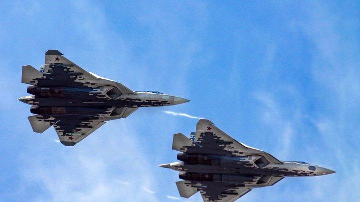 Это уже уровень НЛО! Русский пилот повторил катастрофу на истребителе Су-57 изапросто вышелштопора