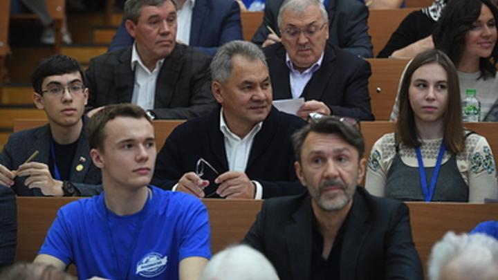 Совершенно другая культура: Политолог отказал Шнурову в эффекте Зеленского