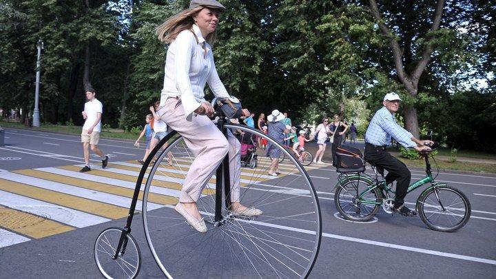 Аномальный град и запрет на велосипеды: Неизвестная жизнь России