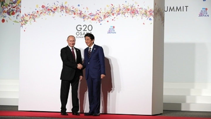 Япония вводит спецмеру для России - Синдзо Абэ
