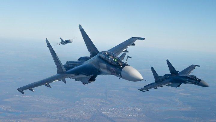 Возможно, часть шоу: Появилось видео инцидента с Су-30СМ над Севастополем