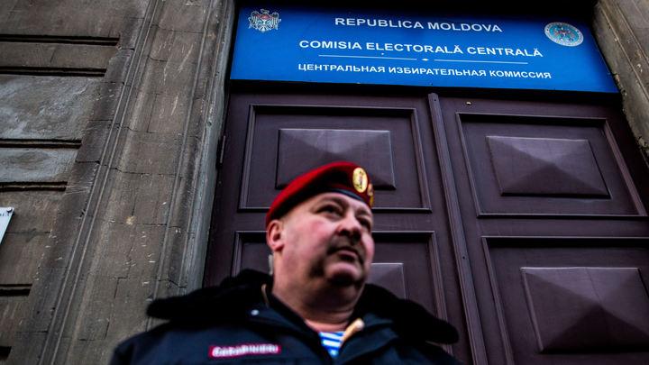 Плахотнюк загнан в угол: Эксперт предсказал сценарий развития политического кризиса в Молдавии