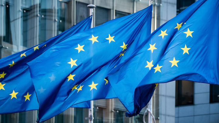 ЕС снова отказал России: Туристы не будут паковать чемоданы