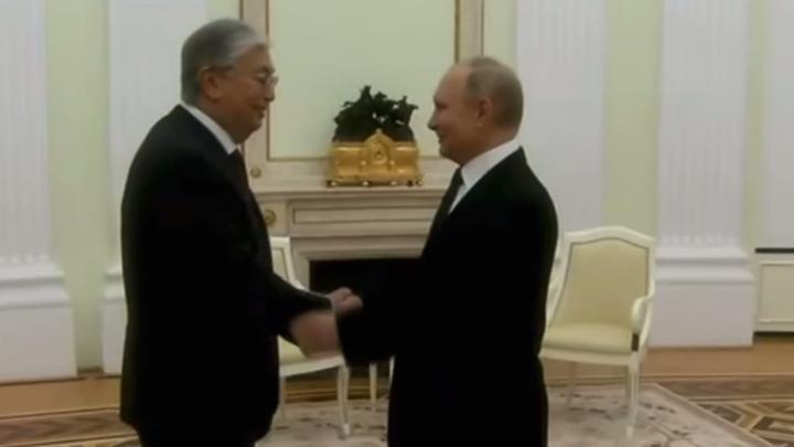 Спасибо, всё хорошо: Президент Казахстана приехал на встречу с Путиным