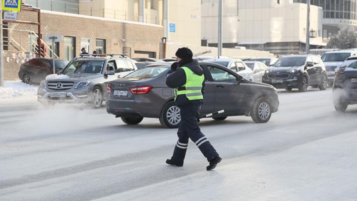 В Челябинске из-за перегрузки упала система уличного видеонаблюдения Интерсвязи