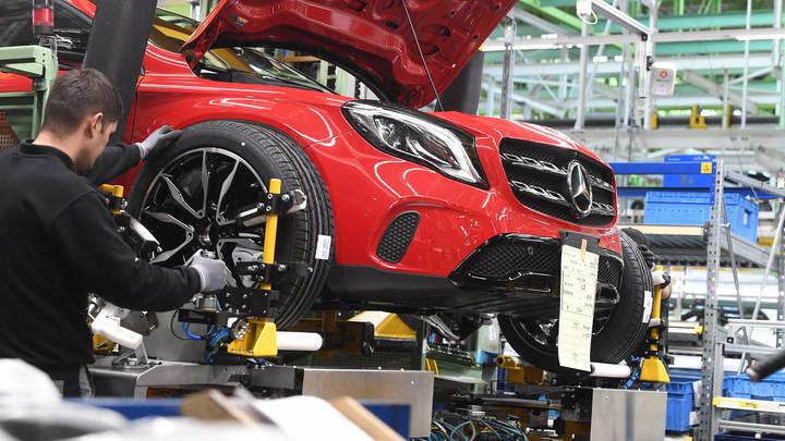 На новом заводе Mercedes уже получили работу 36 выпускников колледжа Подмосковье