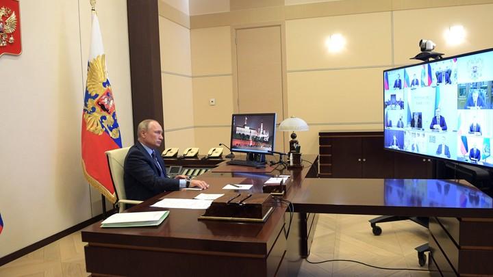 Может открыто сказать: А мне Путин не указ!: Политолог о завершении нерабочего периода в России
