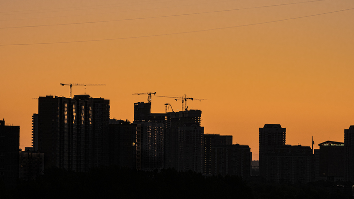 Мигранты создали анклав в расселённом доме в Подмосковье: Свистят пули - дрожит вся округа