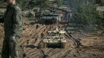 Уже НАТО сидит у границ: Минск констатировал развертывание сил Североатлантического альянса