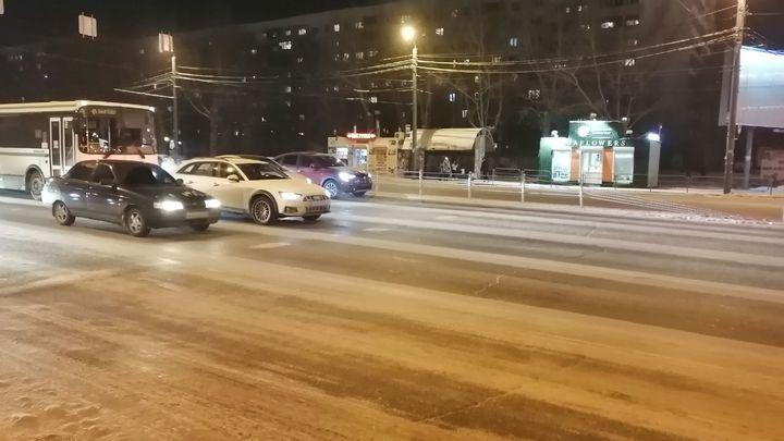 Застолбят на 500 млн руб.: в Челябинске поставят еще больше разделителей на дороги