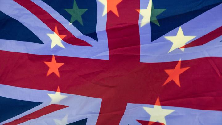 Юнкер надеется начать финальную стадию переговоров по Brexit 4 декабря