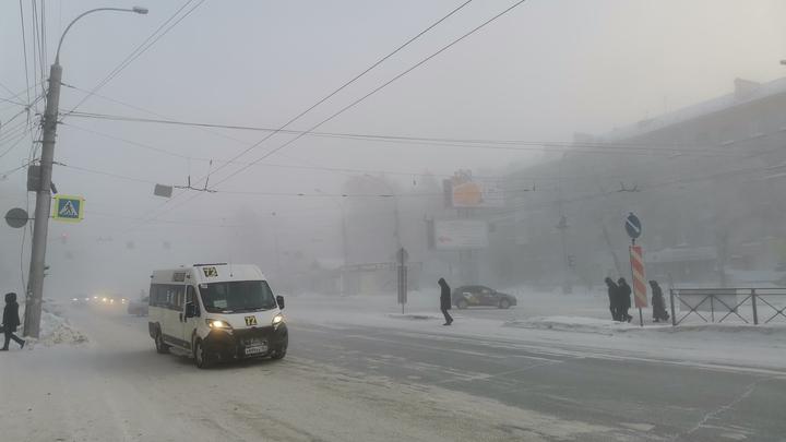 В Новосибирске более половины вредных выбросов в атмосферу дают автомобили
