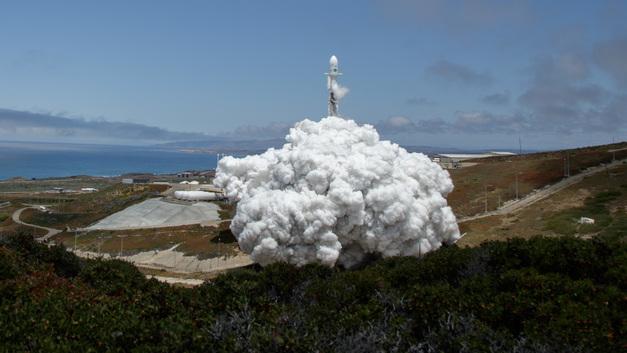 SpaceX успешно осуществила запуск ракеты-носителя Falcon-9