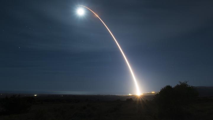 Американская военная база в Ираке снова под ударом: Sky News сообщает о ракетном обстреле